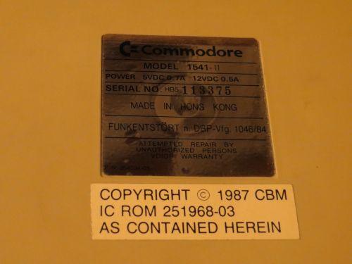 Commodore 1541-II - Typenschild