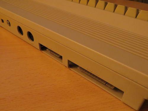 Commodore 64 C - Rückseite 2