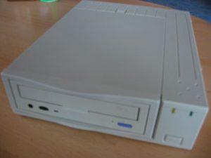 IBM CD-ROM - Frontansicht
