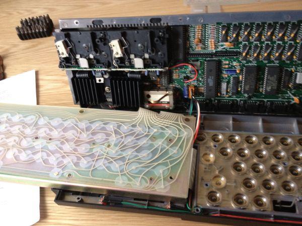 Sinclair QL - Tastatur Membrane - alte Membrane entfernen