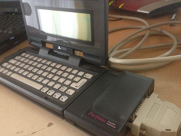 Atari Portfolio mit Paralleler Schnittstelle
