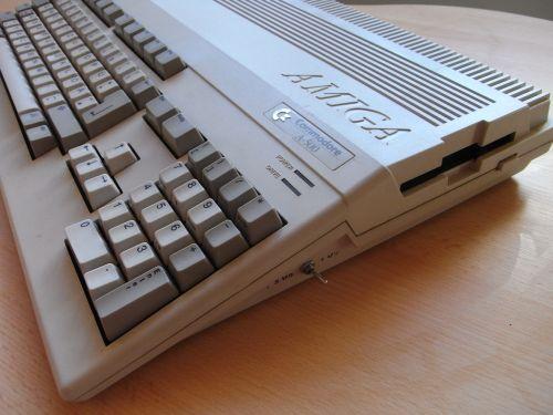Amiga 500 - rechte Seite