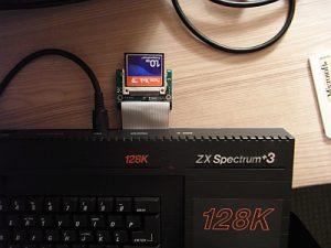 Sinclair ZX Spectrum +3 mit CF Karte