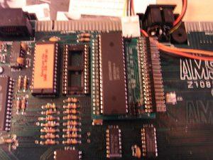 Sinclair ZX Spectrum +3 mit UIDE Adapter und zwei Chips