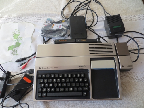 TI-99 4A komplett