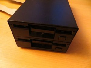 Beta Disk - Diskettenlaufwerk Vorderseite