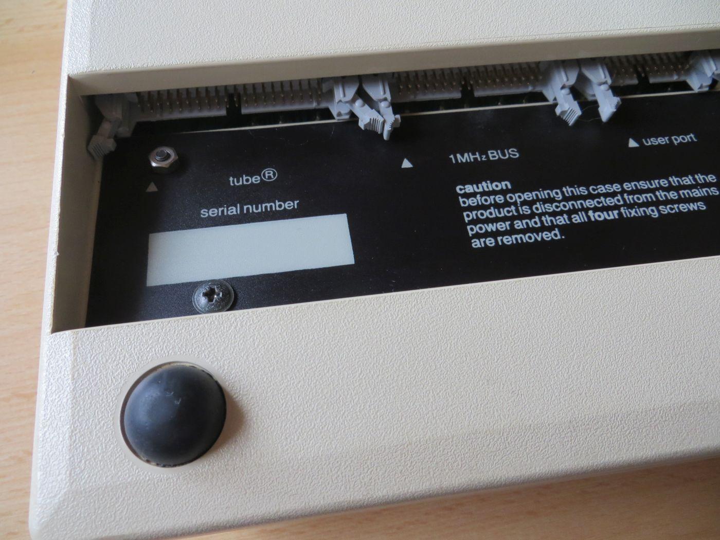 Acorn BBC Micro Model B - Unterseite - Anschlüsse - Tube - 1MHz Bus - user port