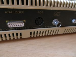 BBC Master 128 - Anschlüsse Analogue_RGB_Comp Video