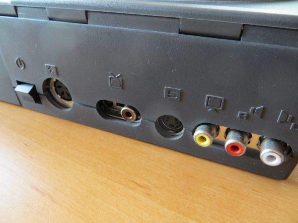 Commodore Amiga CD32 - Anschlüsse Rückseite