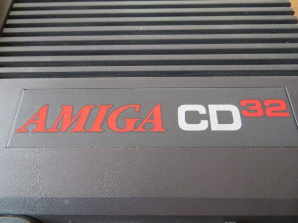 Commodore Amiga CD32 - Logo