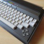 Commodore Plus 4 rechte Seite