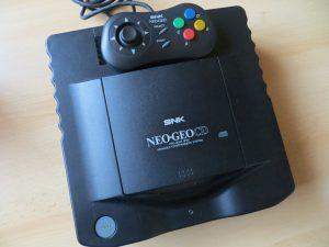 Neo Geo CD mit Controller