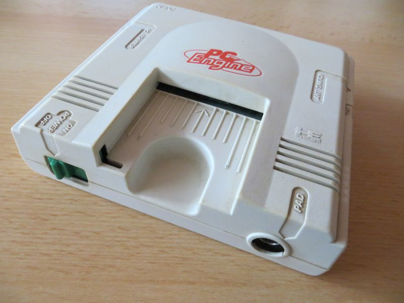 PC Engine - Frontansicht